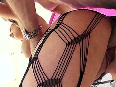 Bitch in fishnets Kat Dior takes a thick penis in anus closeup