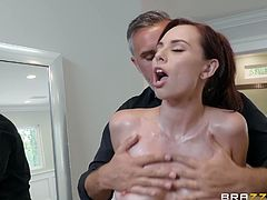 aidra fox prefers big dicks