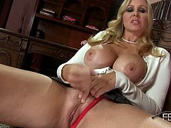 Julia Ann Makes The Rules