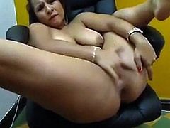 Webcam show thick latina squirting
