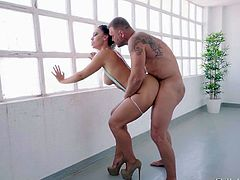 Just trust me, this horny couple can teach you a lot. This is not just an ordinary sex, it looks like acrobatics with elements of gymnastics. Fantastic blonde with an amazing booty enjoys being fucked by Nacho Vidal.