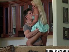 DigitalPlayground   Bruce Venture Cali Carter   Neighborhood Sex
