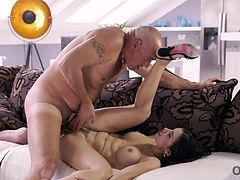Mature man was very happy to have anal sex with hot mistress