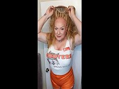 2018 OCT 04 Hooters Reunion end of the night