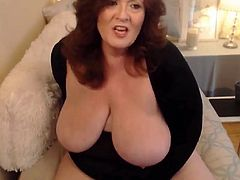 Plumper old mom with creamy fat vagina and dirty desires