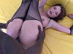 Joslyn James loves it black