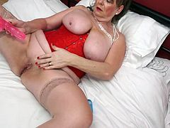 Granny from UK with amazing big tits