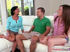 Busty cougar Veronica Avluv facialized after trio with teen couple