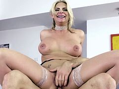 phoenix-marie-busty-blonde-fucked-in-all-holes_720p